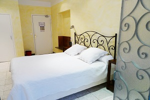 Double / Twin room | Hotel du Forum ***