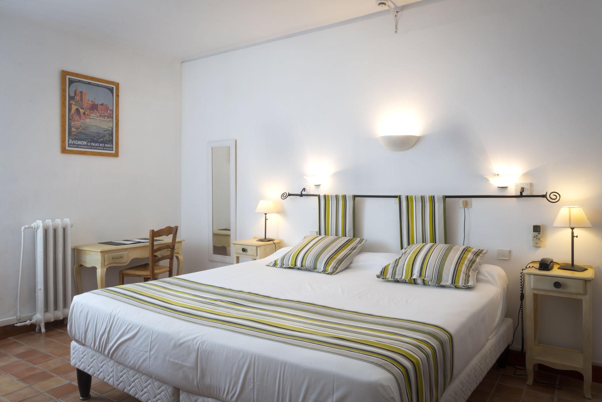 los angeles 674b6 5a423 Double / Twin room | Hotel du Forum ***